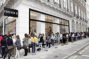 Forever 21 opening in Velizy 2