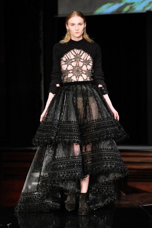 Tex Saverio : Runway - Paris Fashion Week Womenswear Fall/Winter 2014-2015